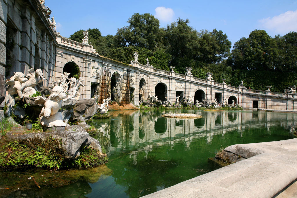 Caserta Guided Tours